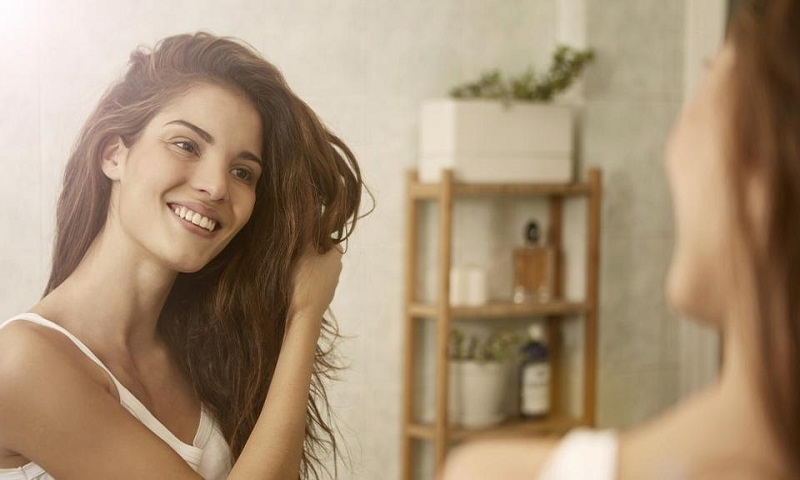 2 ways to keep your hair healthy in monsoon