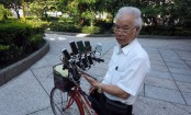 Taiwan man rigs bike with 11 phones to play Pokemon Go