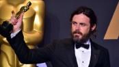 Casey Affleck sorry for 'unprofessional' behaviour on film set