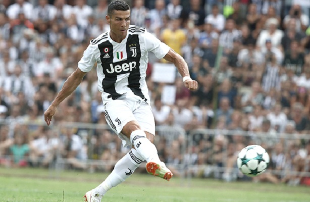 Ronaldo sprinkles star dust on Juventus in intimate opener