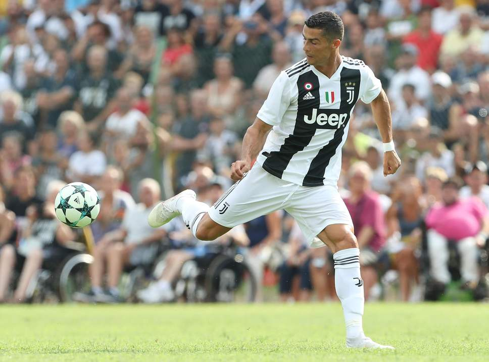 Ronaldo makes Juventus fans wait only 8 minutes for 1st goal