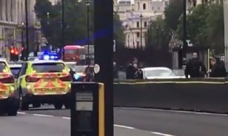 Westminster car crash: Man arrested as pedestrians injured