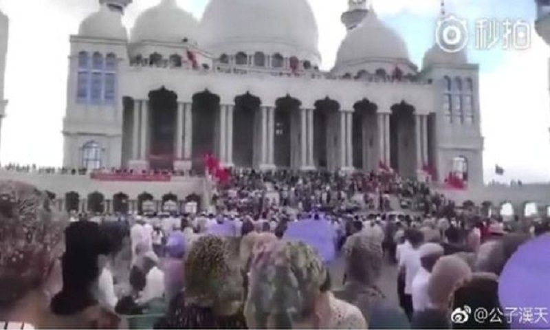 Viewpoint: Chinese mosque standoff risks peace in model Muslim province