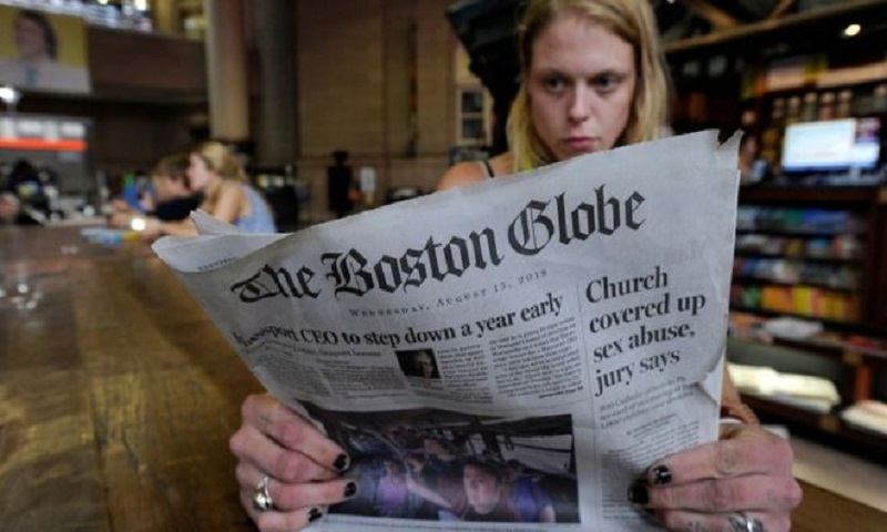 Trump's 'dirty war' on media draws editorials in 300 US outlets