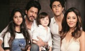 SRK kids Suhana, Aryan bond in California