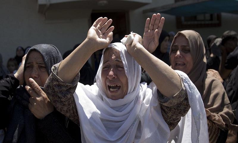Israel closing Gaza crossing after violence along frontier