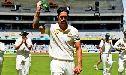 Mitchell Johnson retires from all cricket