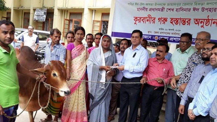 PM gives cow to Jamalpur hijra community as gift for Qurbani