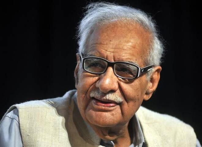 Veteran Indian journalist Kuldip Nayar passes away