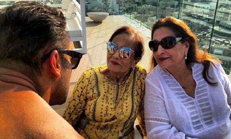 Salman Khan is 'Ma Ki Aankhon Ka Tara'