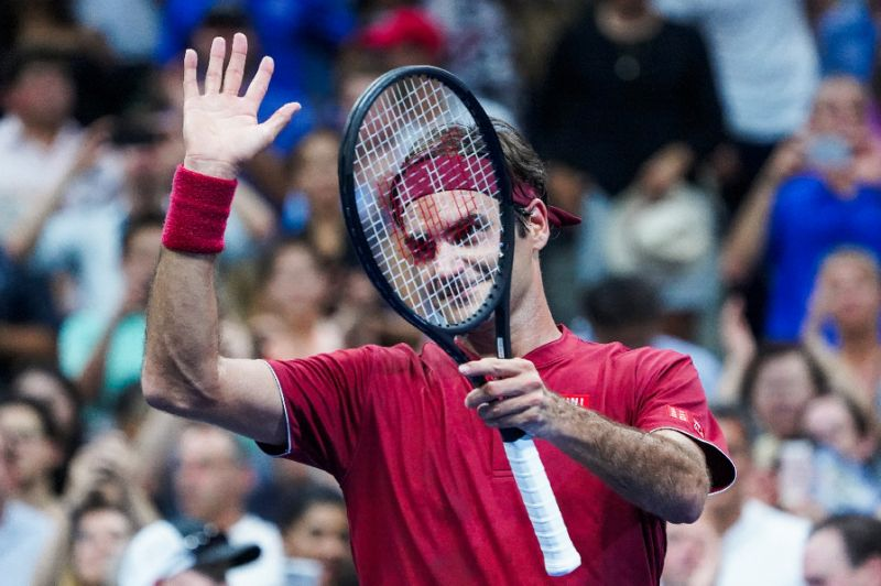 Federer dominates Nishioka to reach US Open 2nd round
