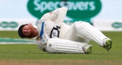 Bairstow 'desperate' to keep gloves against India in 4th Test