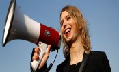 New Zealand allows Chelsea Manning entry for speaking tour