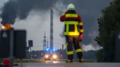 8 injured in blaze at German refinery; hundreds evacuated