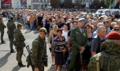 Tens of thousands mourn murdered Ukraine rebel 'hero'