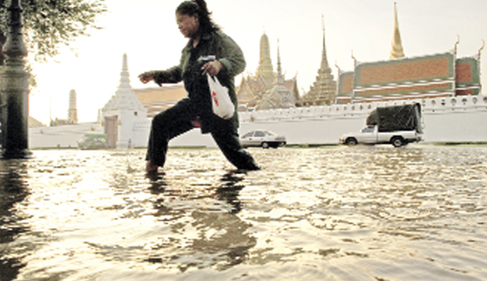 Bangkok struggles to stay afloat with rising sea levels