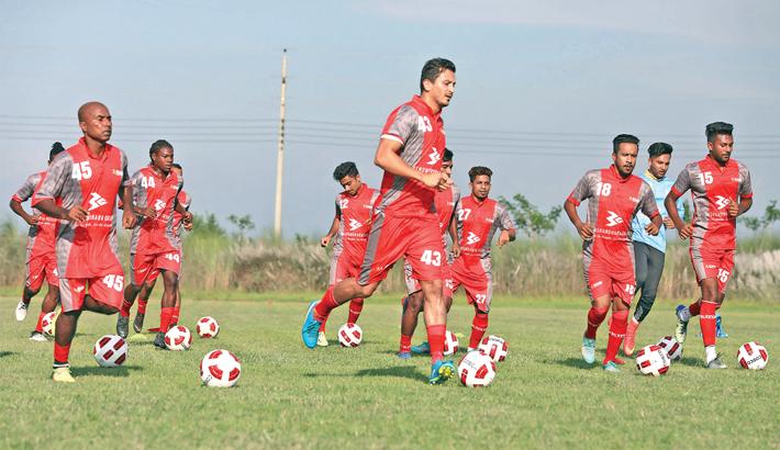 Bashundhara Kings begin practice camp