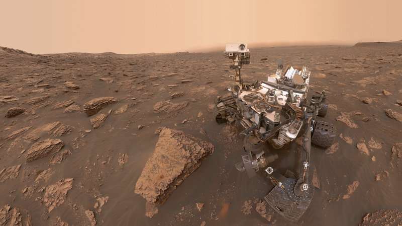 NASA's Curiosity rover captures panoramic view of dusty Martian skies