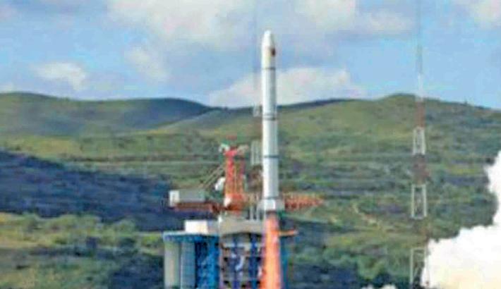 Exploring marine satellite