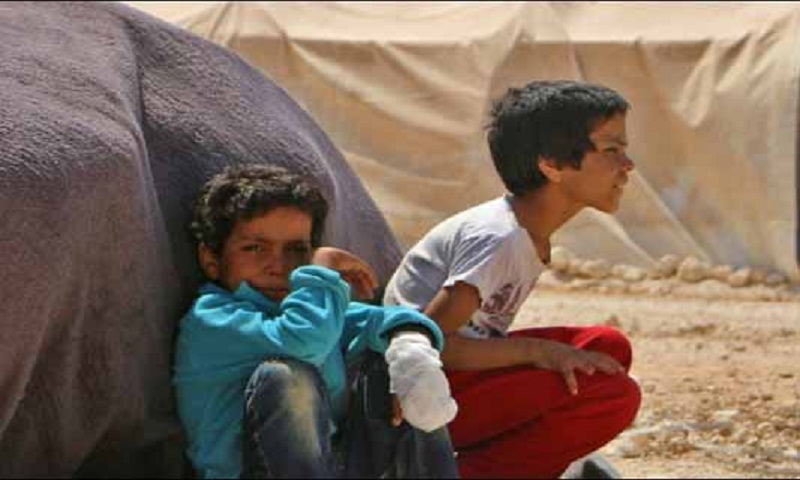 30,000 flee in Syria as UN fears century's 'worst' crisis