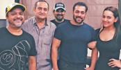 Salman, Sonakshi announce third installment of Dabangg
