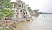 River erosion plays havoc in Naria