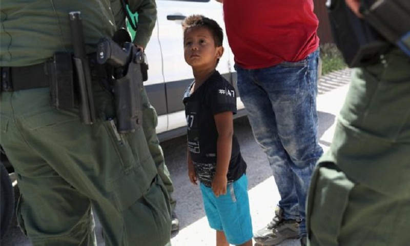 US slashes number of refugees to 30,000