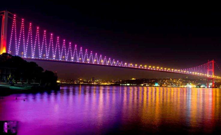 Belgian builds musical bridge across the Bosphorus