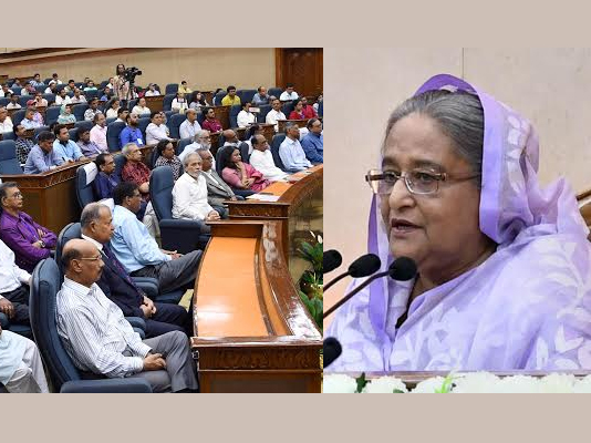 Prime Minister urges journalists to use professional scope for people's welfare