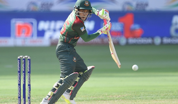 Asia Cup: Bangladesh suffer early blows against India