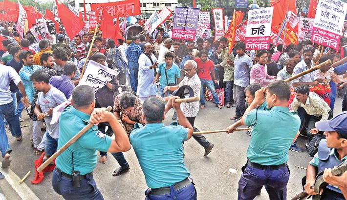 Police foil LDA's bid to besiege EC