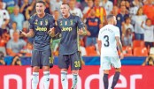 Ronaldo sees red but 10-man Juve march on