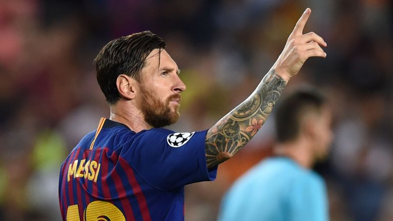 Messi has no life, he lives in a golden cage: Osvaldo