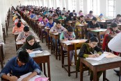 14 percent pass admission test for DU Kha unit