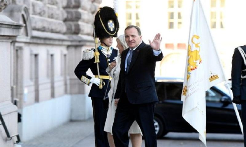Stefan Lofven: Sweden's parliament ousts prime minister