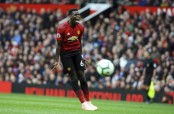 Paul Pogba stripped of Man United vice captaincy by Mourinho