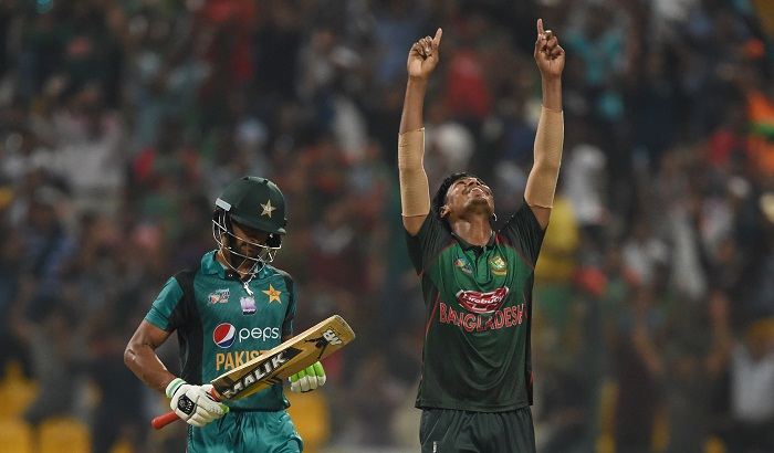 Bangladesh storm into Asia Cup final drowning Pakistan