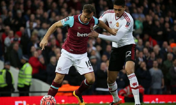 Manchester United lose 3-1 to West Ham to deepen Mourinho woes