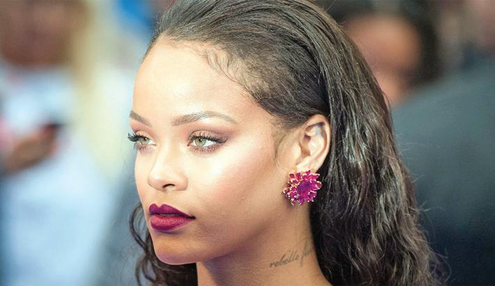 Rihanna working on dance album?