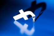 Facebook adds new tools to stem online bullying
