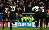 Neymar turns on style with hat-trick in PSG stroll