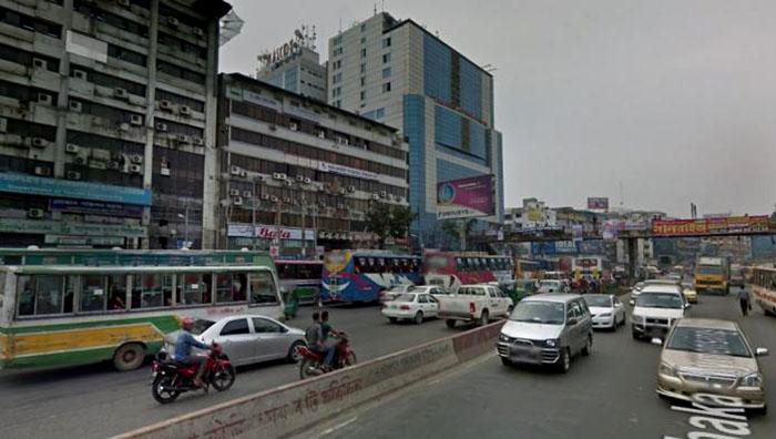 Gas leak halts traffic movement in Uttara