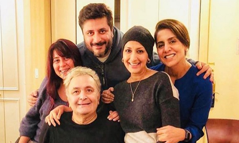 Sonali Bendre, Priyanka Chopra visit Rishi Kapoor and Neetu Kapoor in NYC