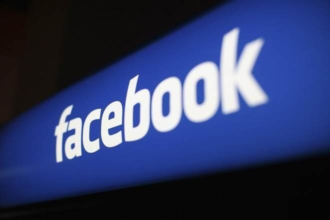 Facebook fake clone account message goes viral