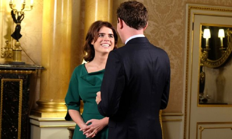 Royal wedding: Well-wishers gather for Eugenie ceremony