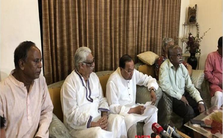 Jatiya Oikya Prokriya leaders in meeting
