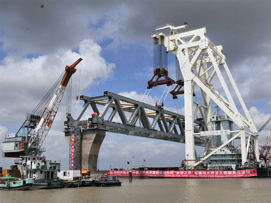 60 percent construction of Padma Bridge completes