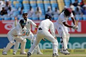 Umesh Yadav's heroics reduce Windies to 76/6 at Tea
