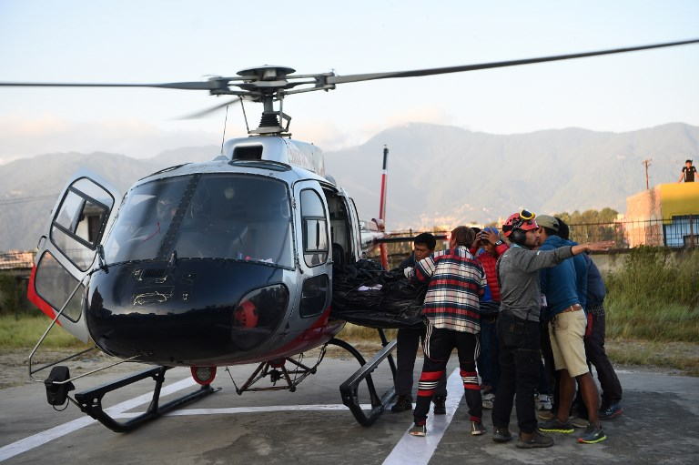 Bodies of 5 S. Koreans, 4 Nepalese retrieved from mountain