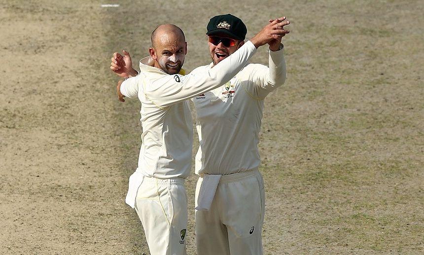 Nathan Lyon takes four wickets off six balls as Pak slumps to 77/5